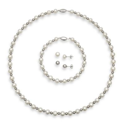 Freshwater Cultured Pearl Strand Necklace, Bracelet and Two Pairs of Stud Earrings Set
