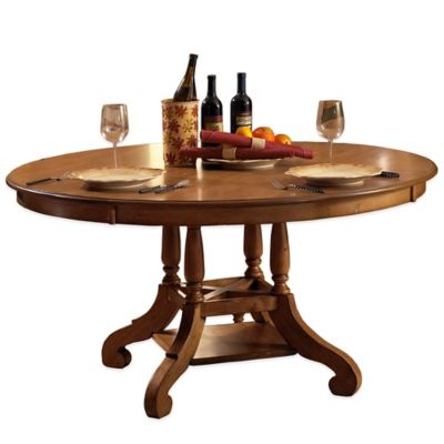 Hillsdale Hamptons Round Dining Table in Pine
