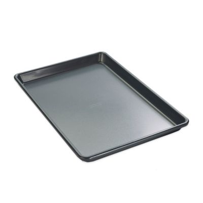 Chicago Metallic™ 10-Inch x 15-Inch Nonstick Jelly Roll Pan