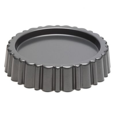 Chicago Metallic™ Mary Ann Cake Pan