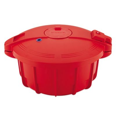 SilverStone 3.4 qt. Microwave Pressure Cooker in Chili Red