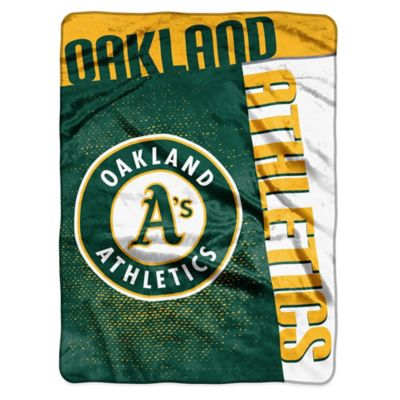 MLB Oakland Athletics Strike Raschel Oversized Throw Blanket