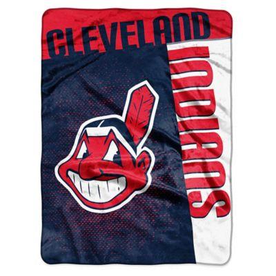 MLB Cleveland Indians Strike Raschel Oversized Throw Blanket