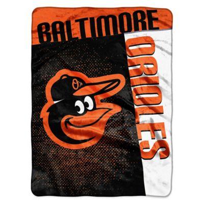 MLB Baltimore Orioles Strike Raschel Oversized Throw Blanket