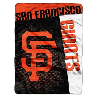 MLB San Francisco Giants Strike Raschel Oversized Throw Blanket