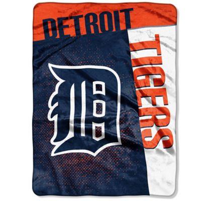 MLB Detroit Tigers Strike Raschel Oversized Throw Blanket