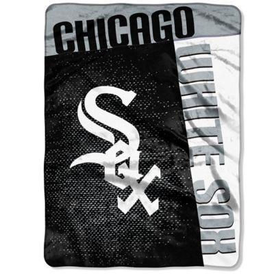 MLB Chicago White Sox Strike Raschel Oversized Throw Blanket
