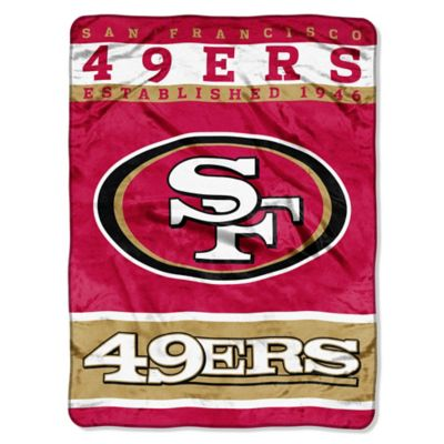 NFL San Francisco 49ers Strike Raschel Oversized Throw Blanket