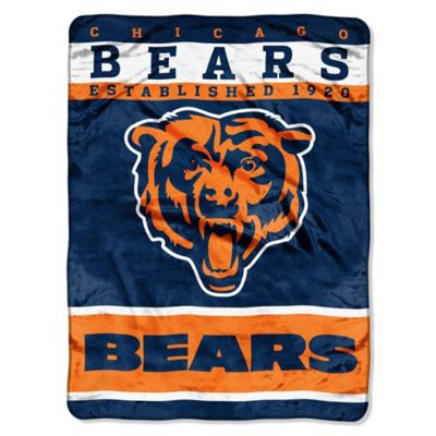 NFL Chicago Bears Strike Raschel Oversized Throw Blanket