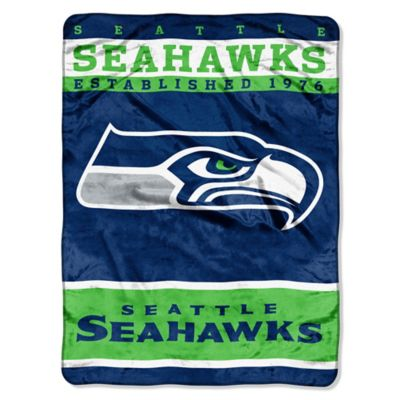 NFL Seattle Seahawks Strike Raschel Oversized Throw Blanket