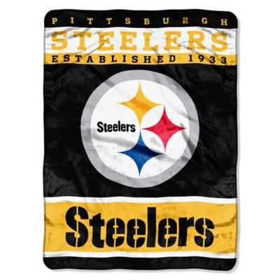 NFL Pittsburgh Steelers Strike Raschel Oversized Throw Blanket