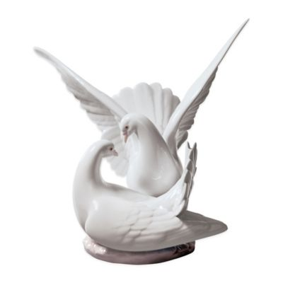 "Lladro ""Love Nest"" Porcelain Figurine"