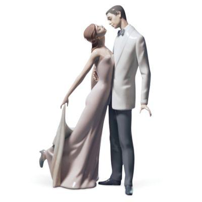 "Lladro ""Happy Anniversary"" Porcelain Figurine"