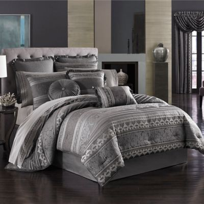 J. Queen New York™ Amalfi Queen Comforter Set