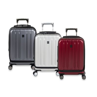 DELSEY Helium Titanium 19-Inch Carry-On Spinner in Graphite