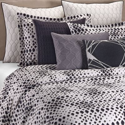 Vera Wang™ Jalli Queen Duvet Cover Set