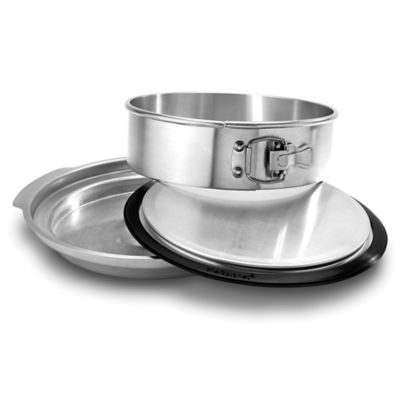 Chef's Planet® Aluminum Springform Pan with Water Bath Basin