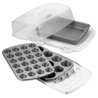Wilton® Ultimate Bake and Carry Set