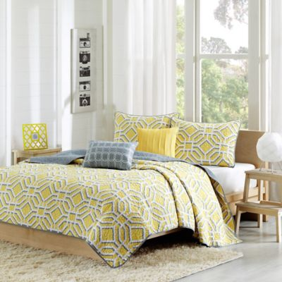 Maci Twin/Twin XL Reversible Coverlet Set