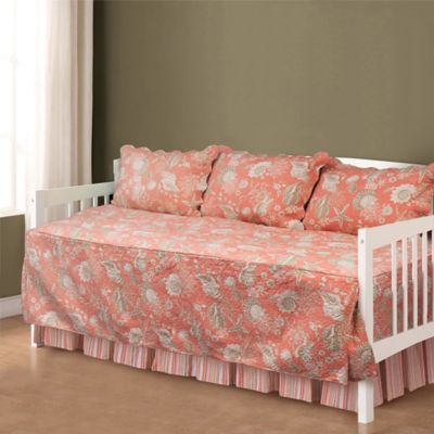 Natural Shells Daybed Set in Coral