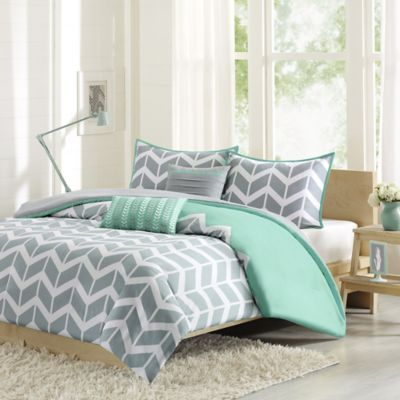 Nadia Reversible Full/Queen Duvet Cover Set in Teal