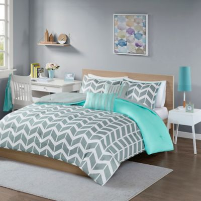 Nadia Reversible Twin/Twin XL Comforter Set in Teal