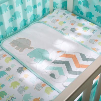 BreathableBaby® Mommy & Me Wick Dry Plush Sheet Saver