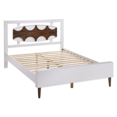 Zuo® Modern Seattle Queen Bed in White/Walnut