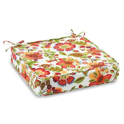 Outdoor Deep Seating Cushion with Ties in Telfair Red