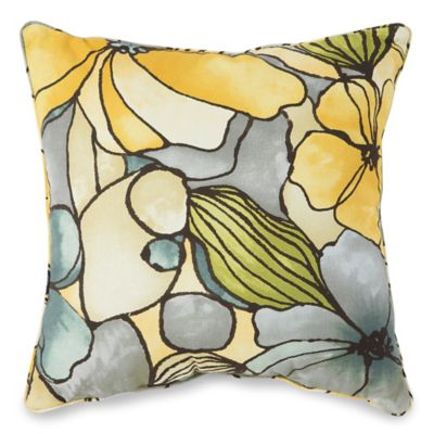 17-Inch Square Outdoor Throw Pillow in Whitlock Yellow