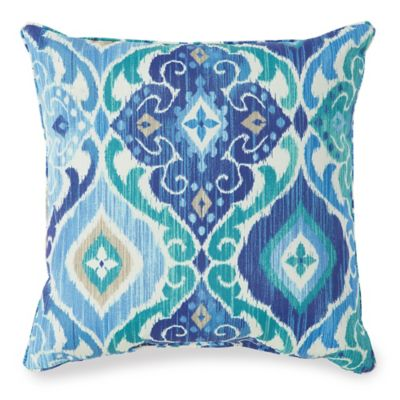 20-Inch Outdoor Throw Pillow in Ikat Blue