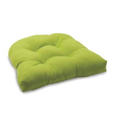 Solid Outdoor Tufted Cushion in Kiwi