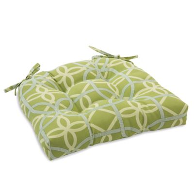 Outdoor Tufted Cushion with Ties in Fret Kiwi