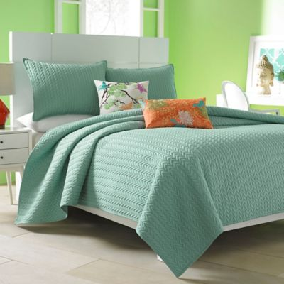 J by J. Queen New York Camden Full/Queen Coverlet in Wasabi