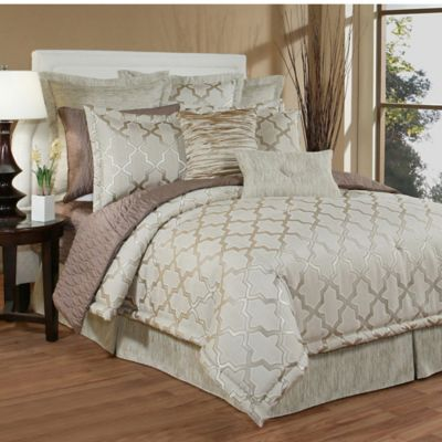 Austin Horn Classics Gateway King Comforter Set