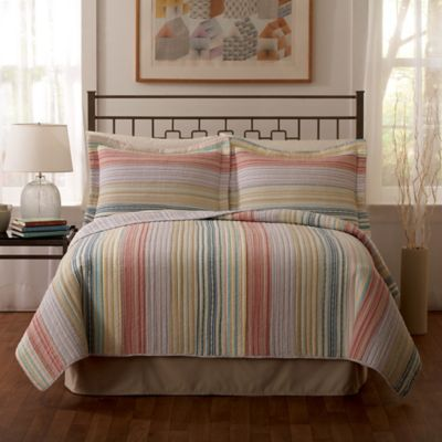 Retro Stripe King Quilt in Pastel