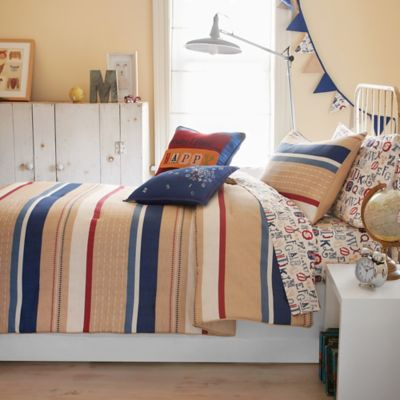 Frank and Lulu Twin Caleb Comforter Set with Decorative Flags in Camel/Navy