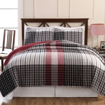 Black and Red Plaid King Quilt Set