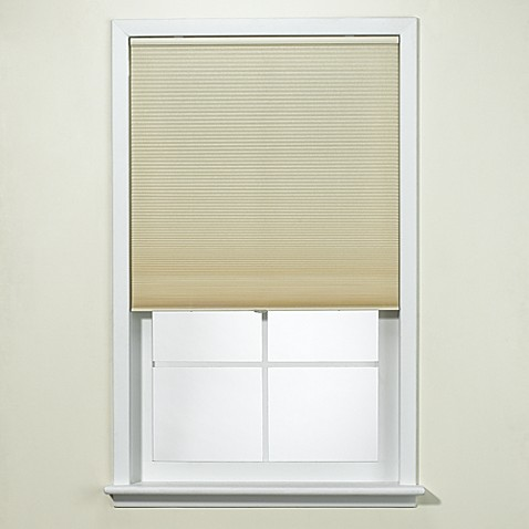 "Ivory Honeycomb Cordless Cellular Shade - 40"" W"