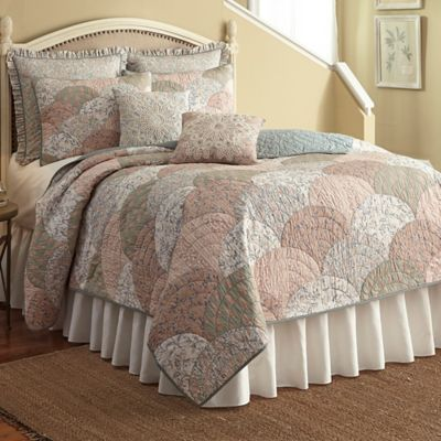 Nostalgia Home™ French Chain Twin Quilt