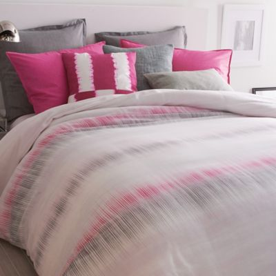 DKNY Frequency Duvet Cover in Fuchsia