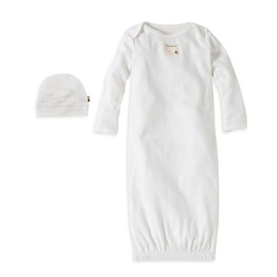 Burt's Bees Baby® Size 0-3M Organic Cotton Gown and Cap Set in White