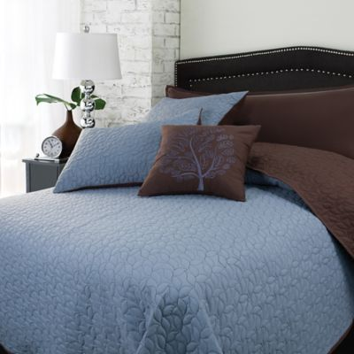 Autumn Leaves Reversible 5-Piece Queen Comforter Set in Blue/Brown