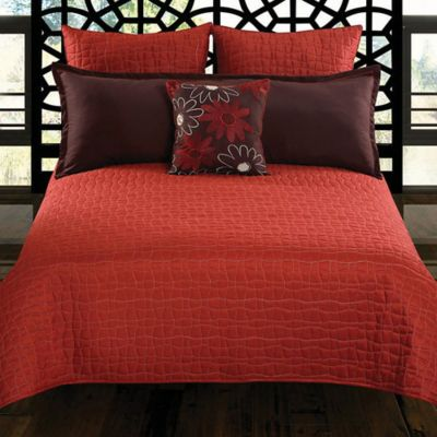 Charrie 5-Piece Queen Comforter Set in Red