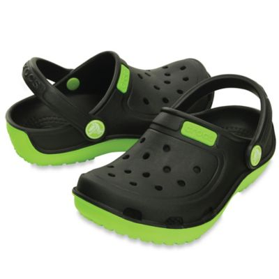 Crocs™ Size 4 Kids' Duet Wave Clog in Black/Volt Green