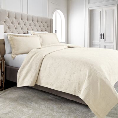 Wamsutta® Filigree Standard Pillow Sham in Ivory