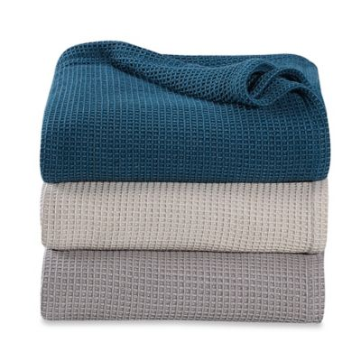 Kenneth Cole Reaction Home Waffle Full/Queen Blanket in Silver