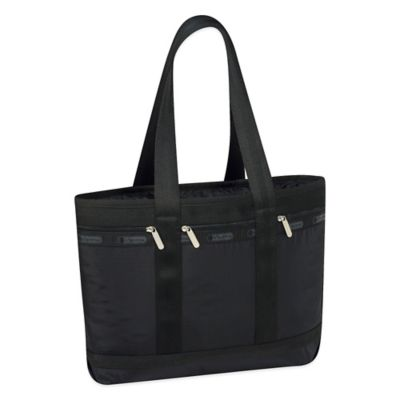 Travel Tote With Pockets and Zipper