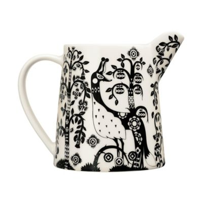 Iittala Taika Pitcher in Black