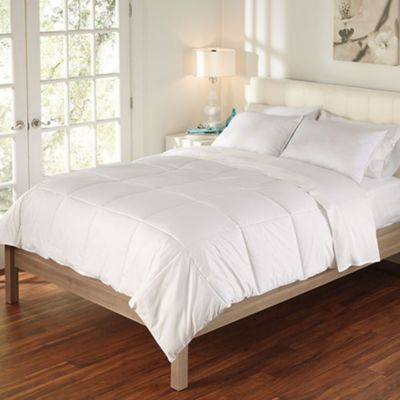 White Temperature-Regulating Comforter